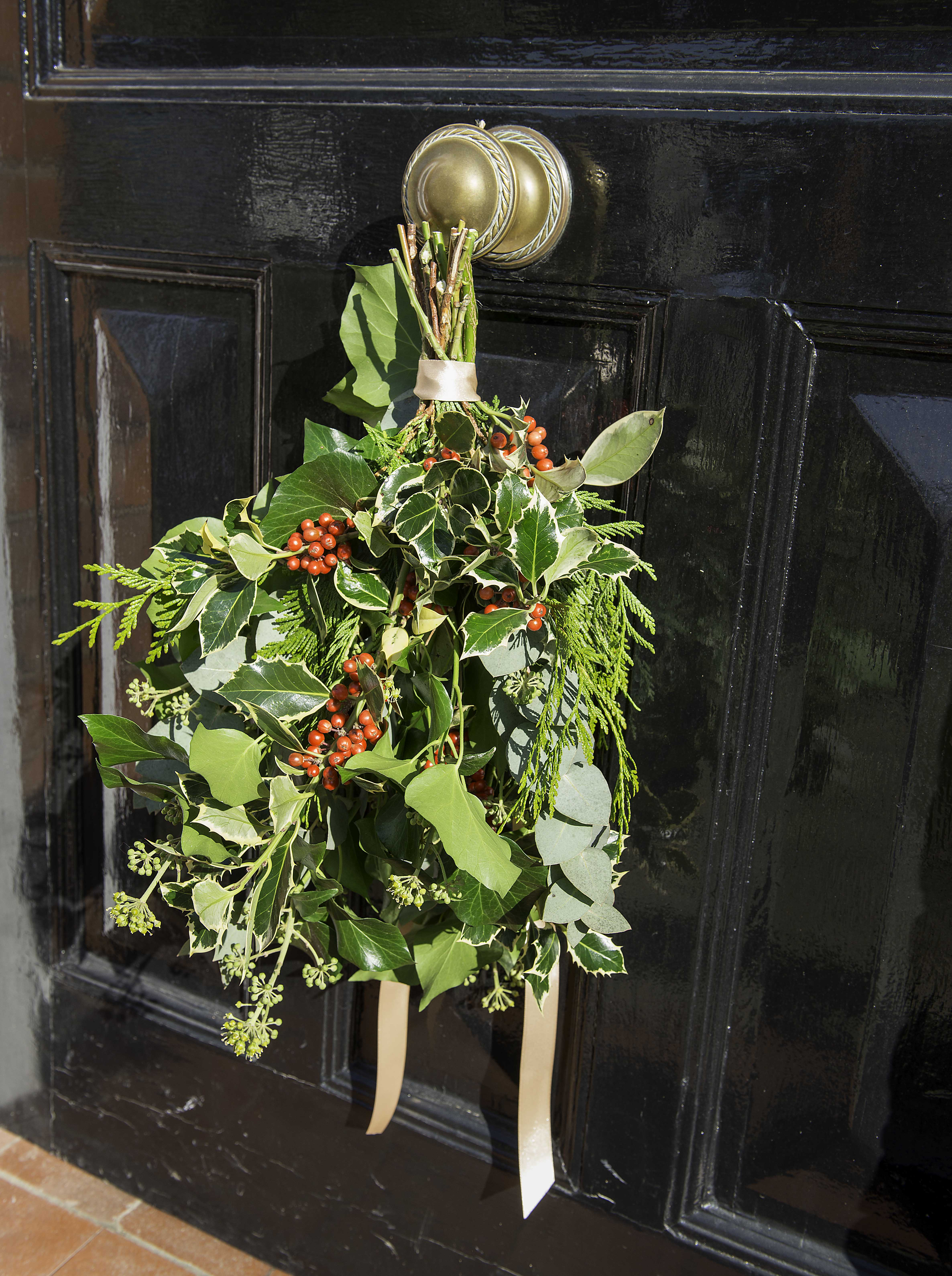 Sue Arran Xmas door sheaf