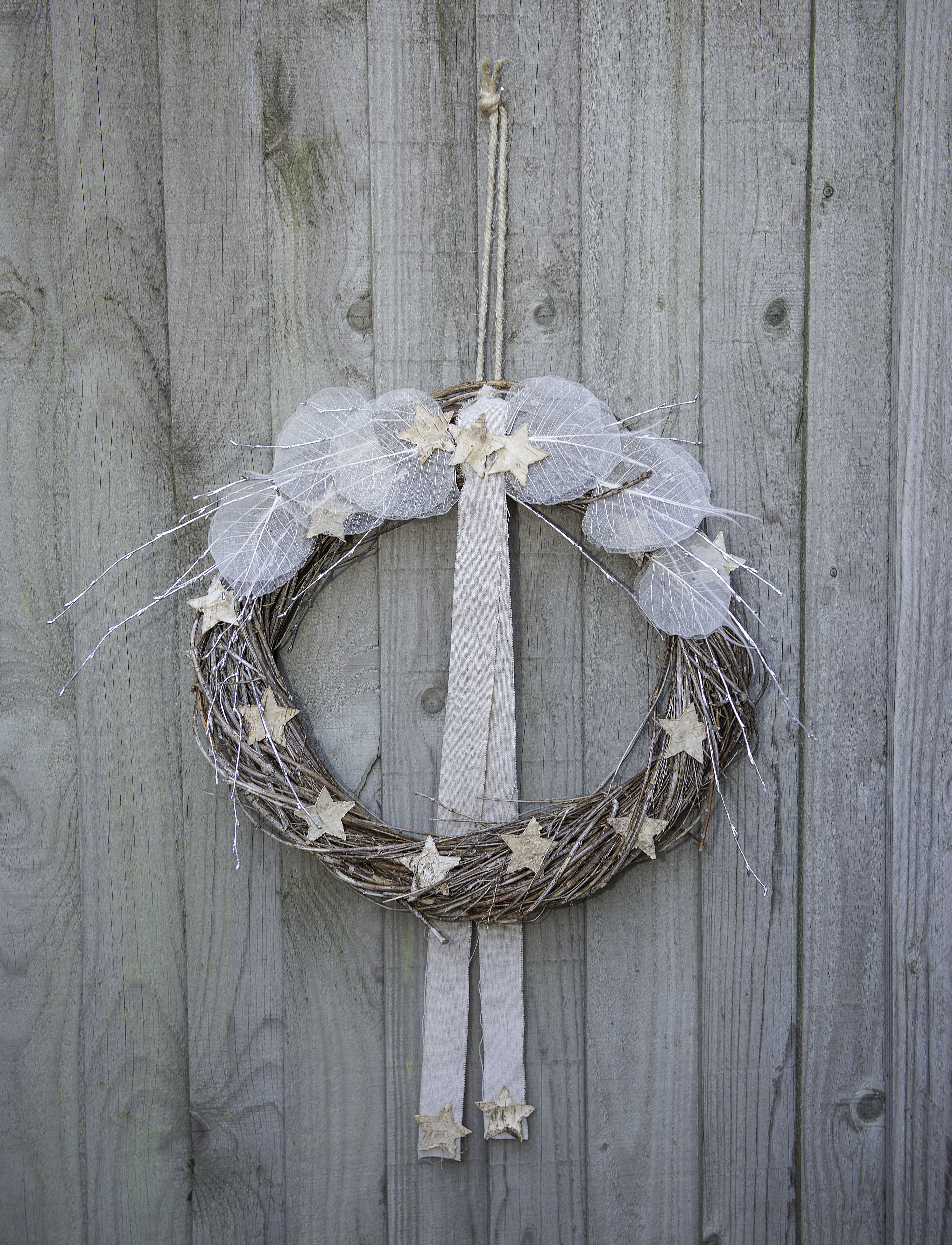 Sue Arran Xmas twisted birch wreath